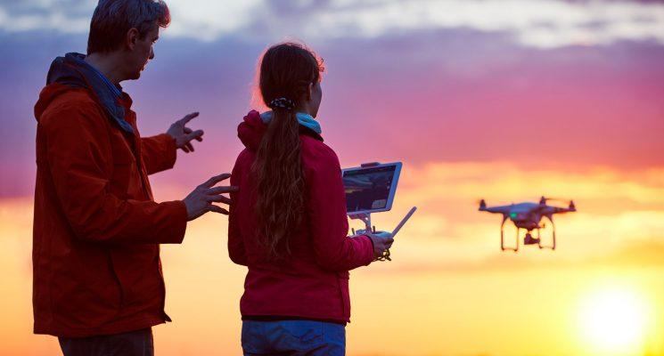 Novedad verano 2019: Taller de pilotaje de drones para toda la familia (Drone day)